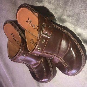 brown Mudd clogs